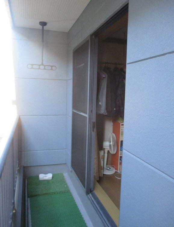 窓シャッターリフォーム前の写真